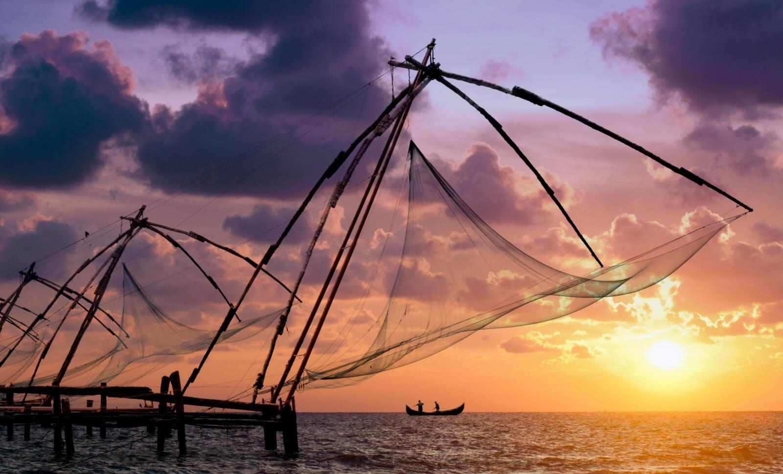Munnar-Alleppey-Kumarakom Tour Package