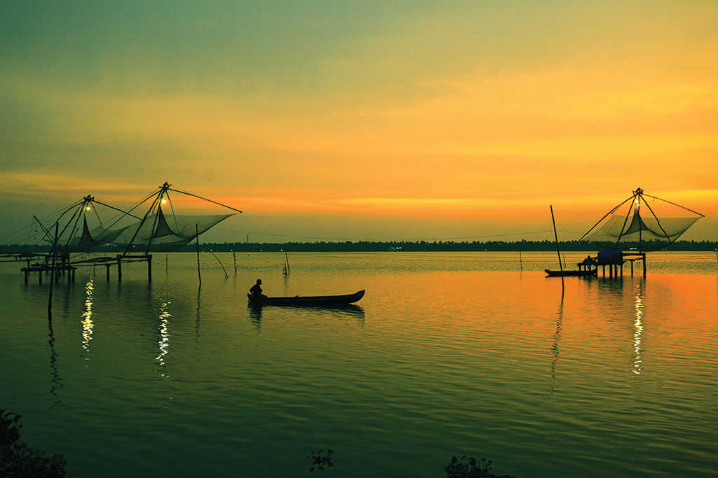 Cochin- Munnar- Alleppey Tour Package