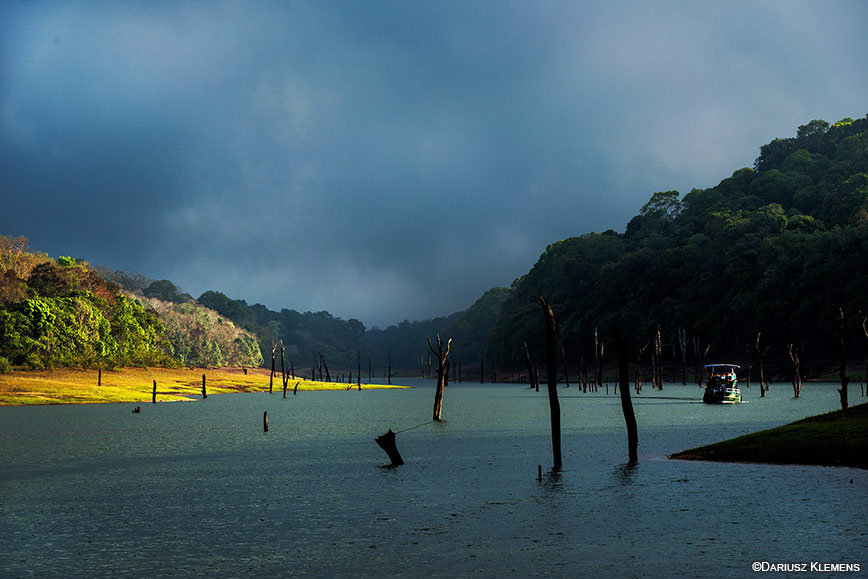 Cochin- Munnar- Thekkady – Alleppey- Kovalam